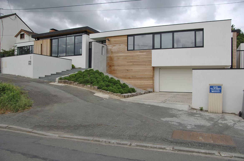La maison zen l studio studio d architecture et de for Jardin interieur maison